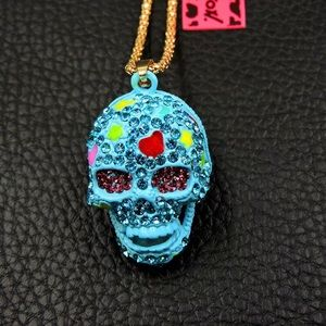 Halloween - Skull Necklace by, Betsey Johnson